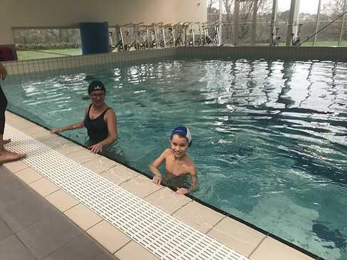 Les classes de primaire à la piscine img3417