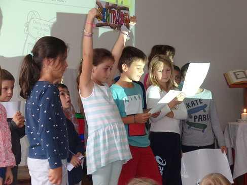 Célébration de rentrée sur le site du primaire. celebration9